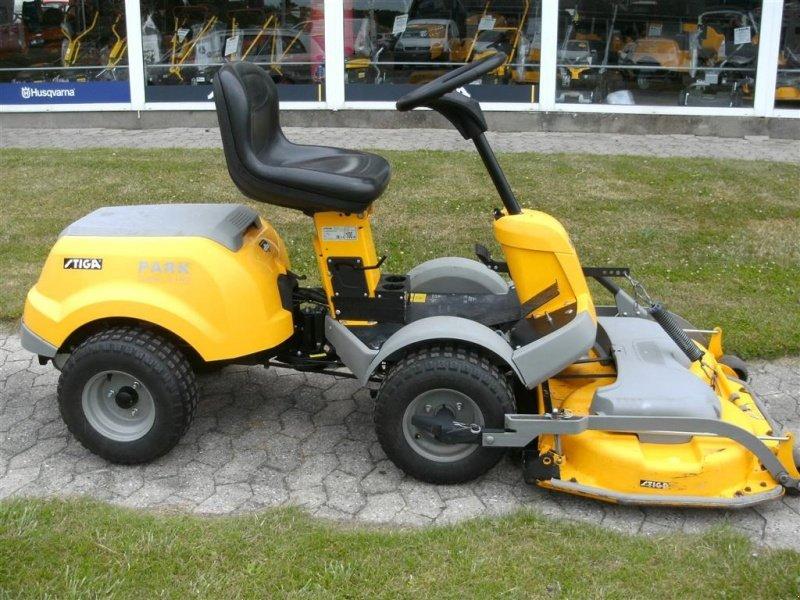 Stiga Park Compact 16 4wd vnr 834652 Traktorek kosiarka - Używane ciągniki i sprzęt rolniczy ...
