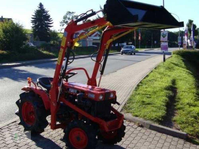 kubota kleintraktor allrad traktor kubota b7000 mit neuem. Black Bedroom Furniture Sets. Home Design Ideas